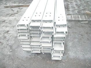 China Ausgezeichneter galvanisierter Stahlvorrat der purlins-(z-Purlin, c-Purlin) herein fournisseur