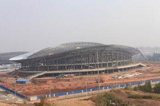 China Stahlkonstruktion Soems, vorfabrizierte Rohr-Metallbinder-Gebäude und Sport-Stadien fournisseur